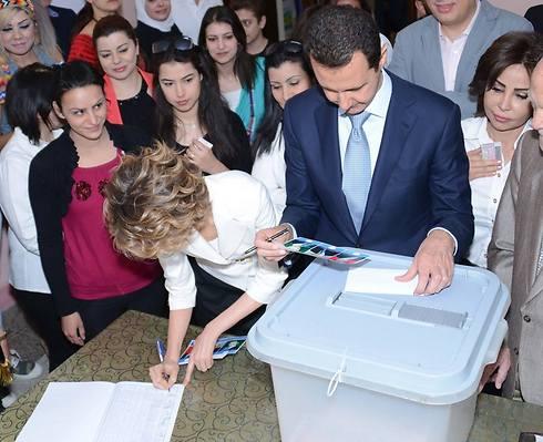 Assad votes... for Assad