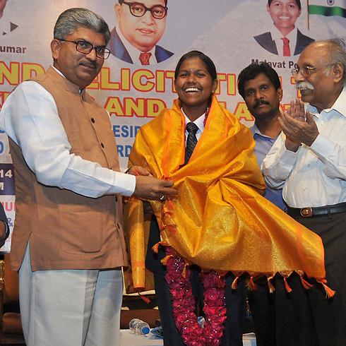קבלת הפנים בהודו (צילום: EPA)