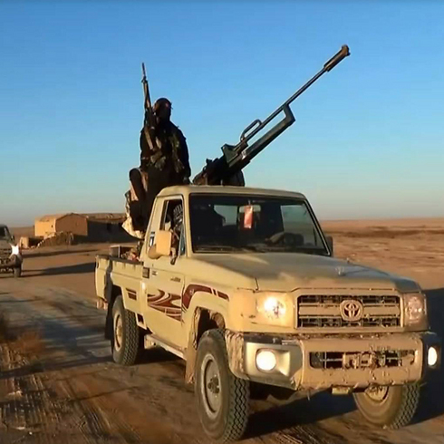 ISIS on the road to Tikrit, just north of Baghdad (Photo: AFP)