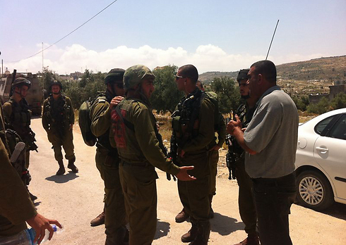 IDF forces in the Bethlehem and Hebron in search of the two teens (Photo: Tazpit News Agency)