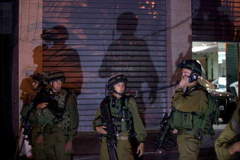 Overnight raid in the West Bank (Photo: AP) Photo: AP