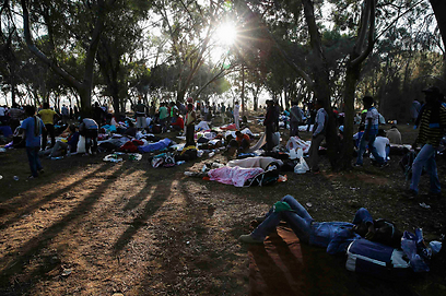 Overnight protest near Egypt border (Photo: Reuters)