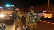 Soldiers searching at Karmei Tzur Photo: Gil Yochanan