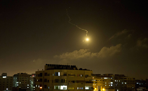 IDF fires flare bomb over Gaza Strip (Photo: AFP) (Photo: AFP)