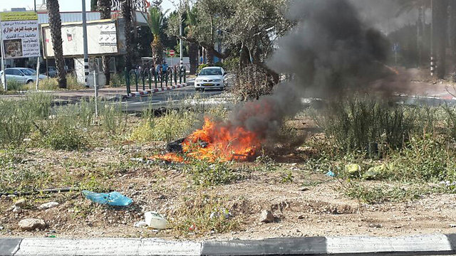 Clashes continue in Tayibe (Photo: Hassan Shaalan)