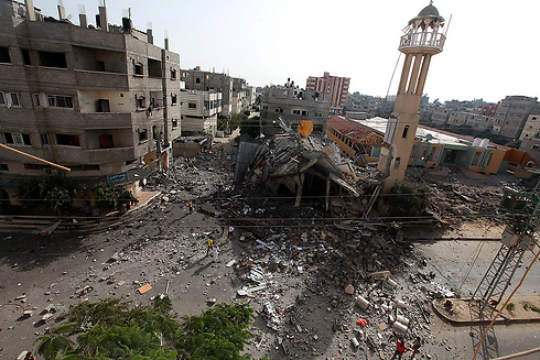 Mosque hit by IAF in Gaza (Photo: EPA) Photo: EPA
