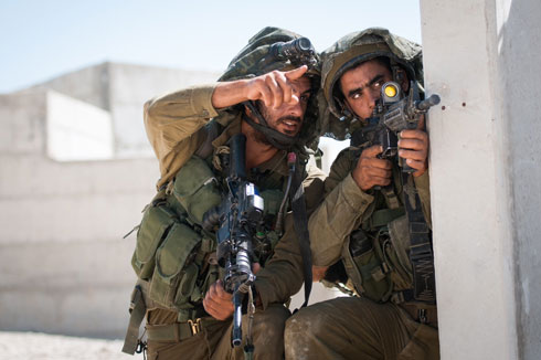 IDF soldiers on Gaza border (Photo: IDF Spokesperson's Unit)