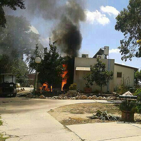 Rocket hit a community in Sha'ar HaNegev community (Photo: Tali Matzliach Glili) (Photo: Tali Matzliach Glili)