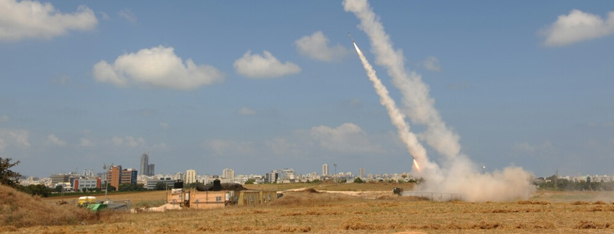 Iron Dome launches interceptor missile (Photo: Avi Rokach)