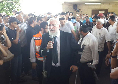 Hundreds attended funeral of Hanin (Photo: Avi Mualem) (Photo: Avi Mualem)