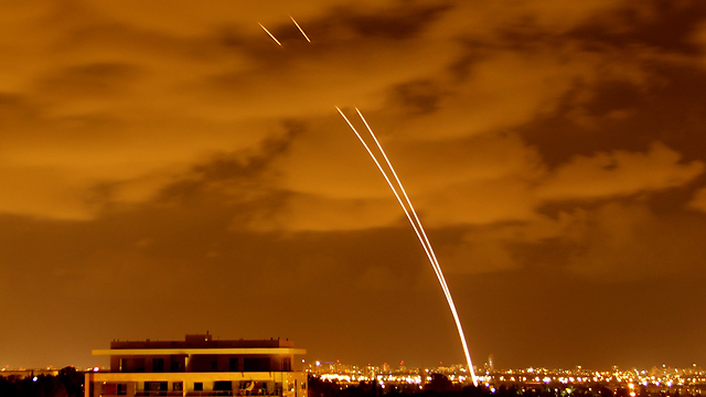 Iron Dome launches interceptor missiles (Photo: Pini Netrovitch) (Photo: Pini Netrovitch)