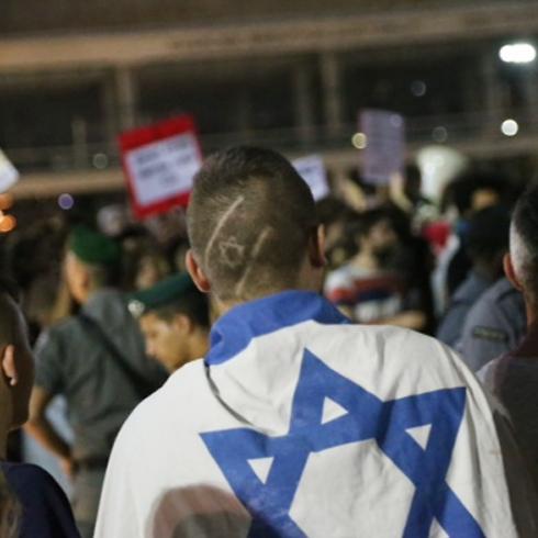 Counter protest in Tel Aviv (Photo: Motti Kimchi)