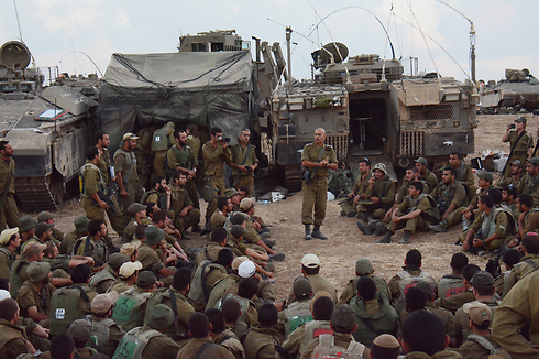 Golani troops with brigade commander Colonel Ghassan Alian during Operation Protective Edge. (Photo: IDF Spokesman)