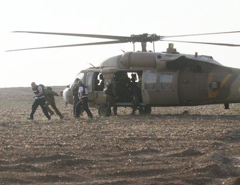 Wounded airlifted to hospital (Photo: Ido Erez)
