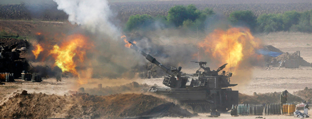 IDF artillery fire on the Gaza Strip (Photo: Reuters)
