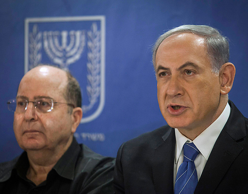 Prime Minister Netanyahu with Defense Minister Moshe Ya'alon (Photo: Reuters)