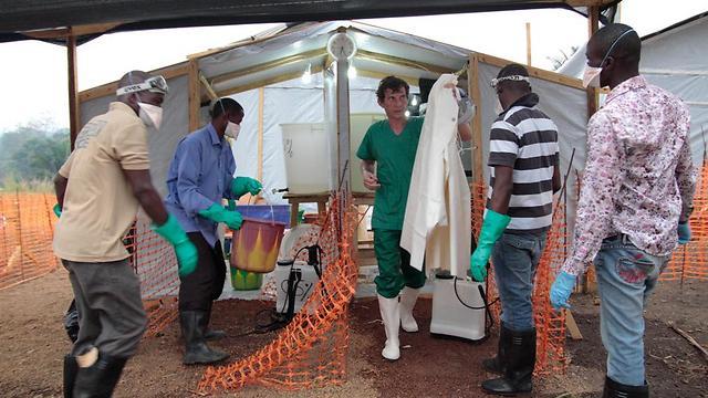 התפרצות האבולה. ארגון הבריאות העולמי הכריז מצב חירום בינלאומי (צילום: אייל רייניך)