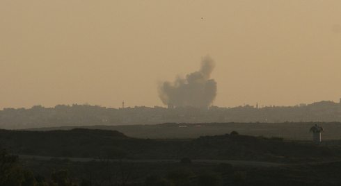 IDF hit over 20 targets in Gaza, killing four (Photo: Ido Erez)