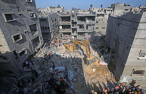 Wreckage of Rafah building in which the three Hamas commanders were (Photo: AFP) Photo: AFP
