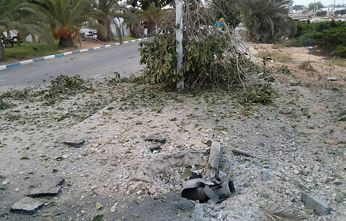 Rocket hits Eshkol (Photo: Sivan Saporta)