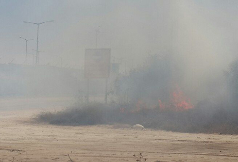 Mortar hits Erez Crossing, wounds five (Photo: Yoav Zitun)