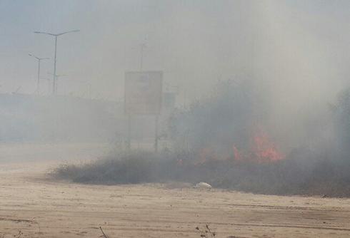Mortar hits Erez Crossing, wounds five (Photo: Yoav Zitun)