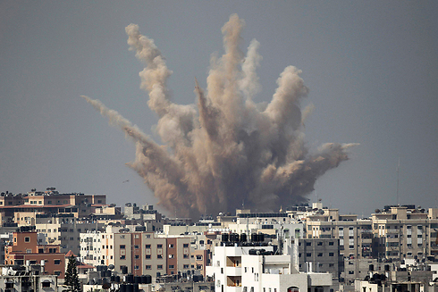 IDF attack on Gaza building (Photo: Reuters) Photo: Reuters