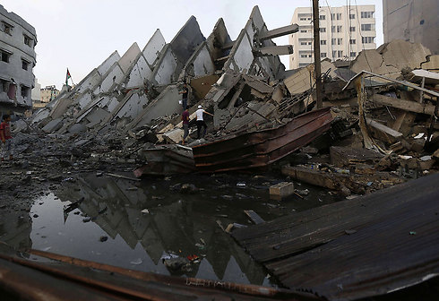 The wreckage of the Bashar Tower in Gaza City (Photo: AFP)