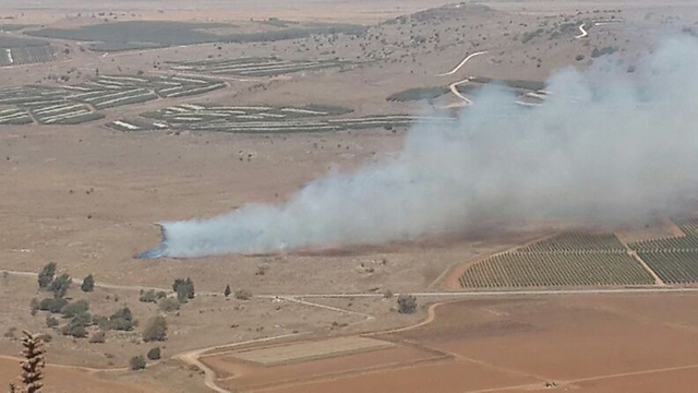 Smoke from Syrian side of Golan (Photo: Ahiya Raved)