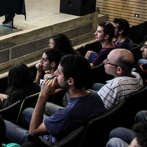 Students listen to Prof. Eytan Sheshinski  (Photo courtesy of Social Economic Academy )