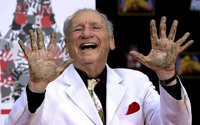 Mel Brooks and his extra finger (Photo: MCT)