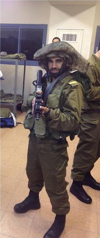 יניב יפרח בשירותו הצבאי (צילום: אלבום אישי)