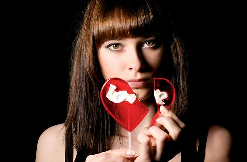 כל כך מפחדת משברון לב נוסף (צילום: shutterstock)