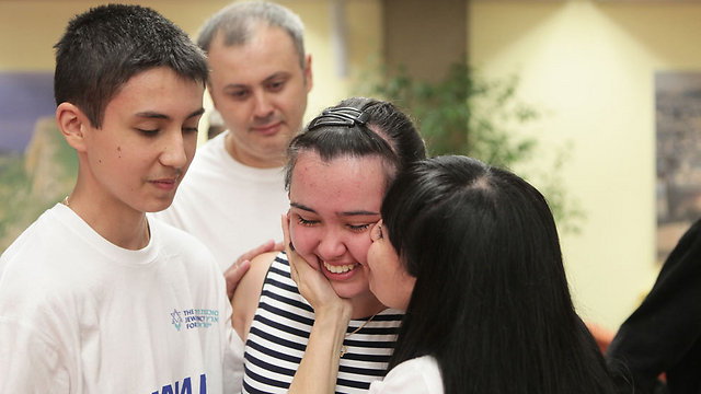 Alexandra Zolodva, reunited with her family (Photo: Zed Filims)