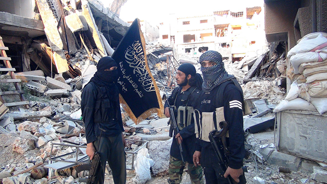 Jabhat al-Nusra fighters in Yarmouk (Photo: AFP/Archive)