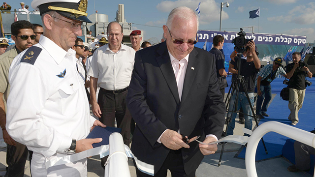 President Rivlin onboard the Tanin, a German-made sub sold to Israel.