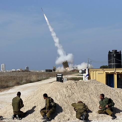 IDF soldiers near Iron Dome battery during Gaza op (Photo: Reuters)