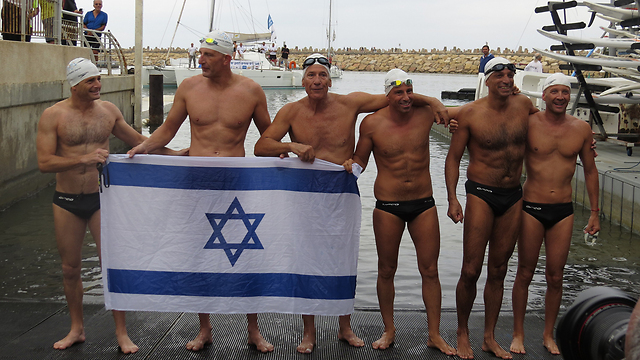 The six swimmers (Photo: Alon Wohlfeiler-Kahati)