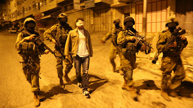 Duvdevan fighters on an arrest operation (Photo: IDF Spokesman/Illustrative)