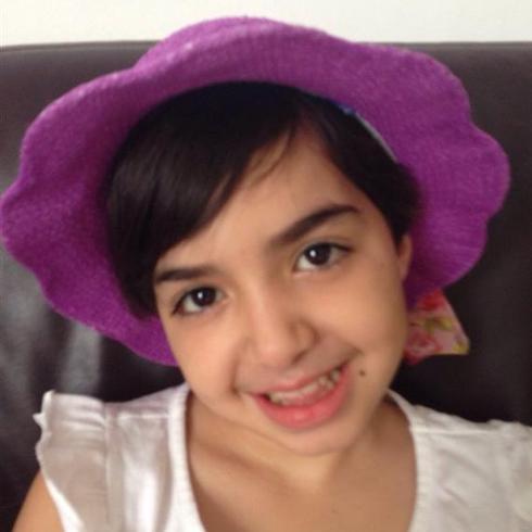 """""""החיוך שלה שובה את כולם"""". שרה לאה אלישיב (צילום: """"להושיט יד"""")"""