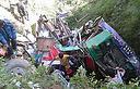 האוטובוס שהידרדר (צילום: מתוך NEPALI TIMES)