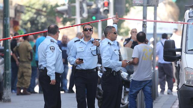 Police at the scene (Photo: Motti Kimchi)