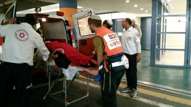 Victim taken to hospital (Photo: MDA paramedics)