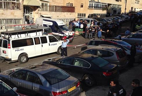 The site of the attack is secured (Photo: Shlomi Cohen)