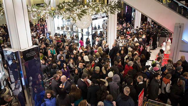 שלום לקניונים: הקניות ברשת כובשות את השוק