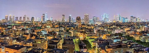 Evening falls on central Tel Aviv (Photo: Ittay Bodell)