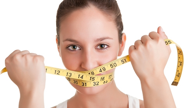 גבר שמן יבין את אובססיית המשקל שלך (צילום: shutterstock)