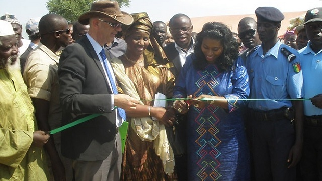 Senegal Minister for Women, Family and Children, Anta Sarr, and Israel's Ambassador to Senegal, Eli Ben Tura, at the farm inauguration ceremony in Fatick (Photo: MASHAV)