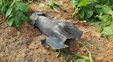 הרקטה שהתפוצצה אתמול (צילום: רועי עידן)