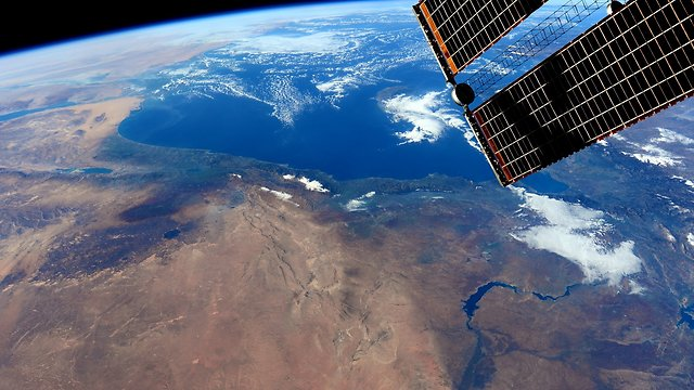 Israel from space (Photo: Barry WIlmer)